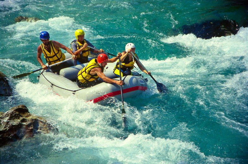 rafting-rekom-neretvom-deus-travel-5